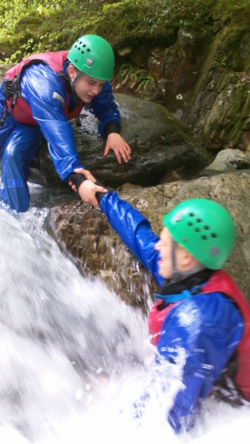 Team building for schools educational trips